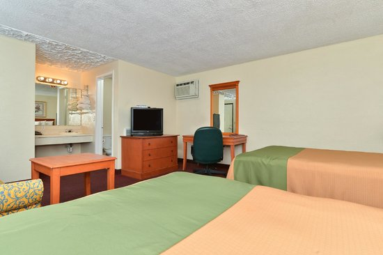 Americas Best Value Inn: 2 Double Beds