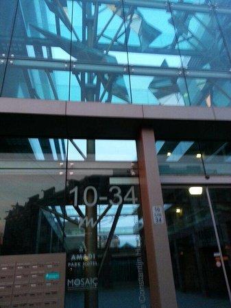 Hotel Mosaic City Centre: Entrance. Press the intercom button to enter.