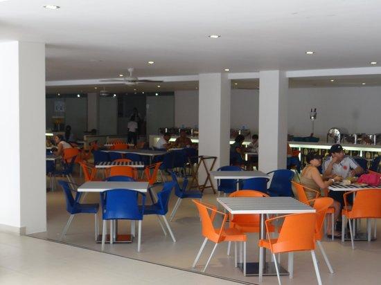 Sol Caribe San Andres : Comedor y desayunador principal