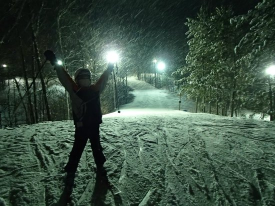 Ski Snow Valley Barrie: Night skiing is awesome!
