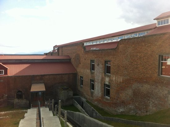 The Singular Patagonia Restaurant: Bajando al hotel