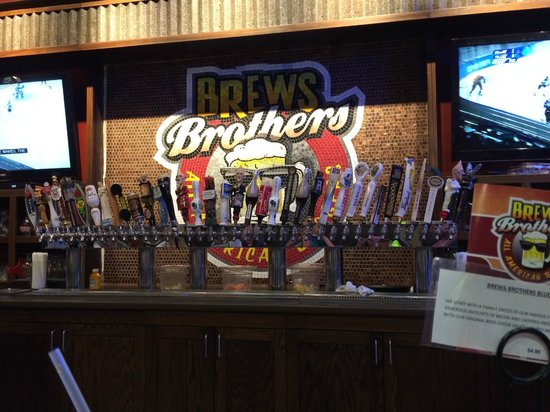 Brews Brothers Pub: The draft selection of beer