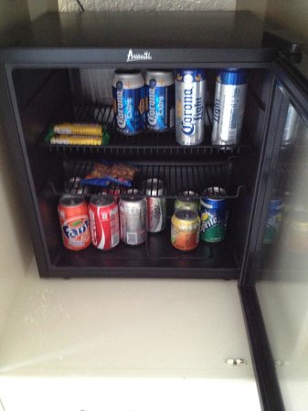 Occidental Costa Cancun: all inclusive fridge