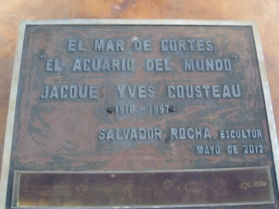 Malecon: Plaque about Jacque Yves Cousteau