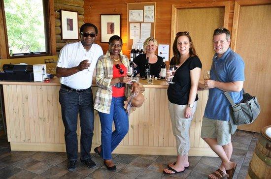 Vinetrekker Wine and Food Tours: Wine tasting at Warramate