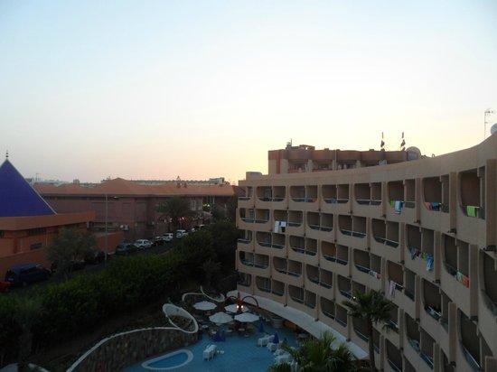 Aparthotel Buenos Aires : sun set