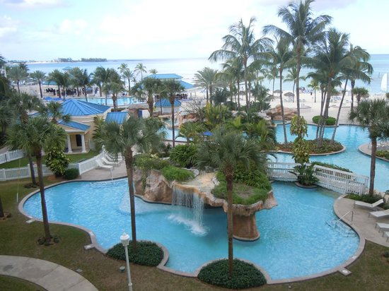 Melia Nassau Beach - All Inclusive: Pool area from our balcony