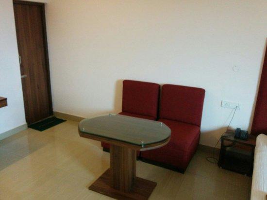 Jaiguru Hotel: Ac room