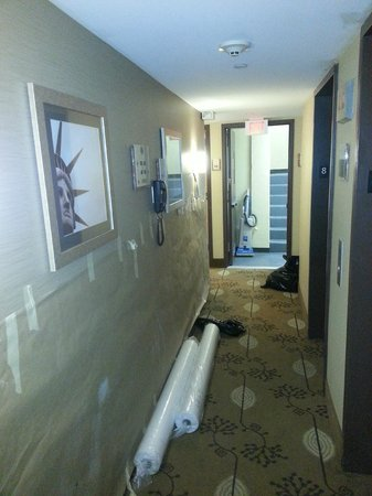 Doubletree Hotel Chelsea - New York City: This is a Hilton Honors member floor..... really ?