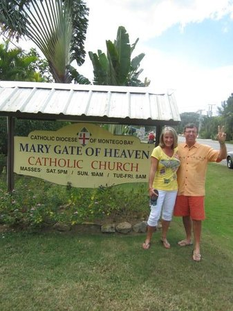 Mary, Gate of Heaven Catholic Church: catholic church in Negril