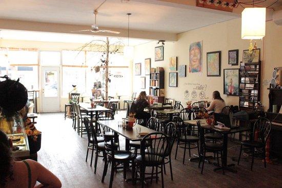 Cafe NamasThe: nice and warm