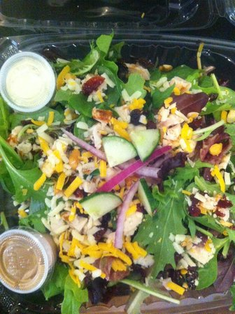Salade du jardin picture of cafe namasthe ormstown for Cafe du jardin london