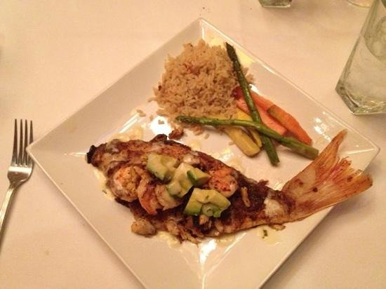 Willie G's Seafood & Steak House: Blackened snapper entree