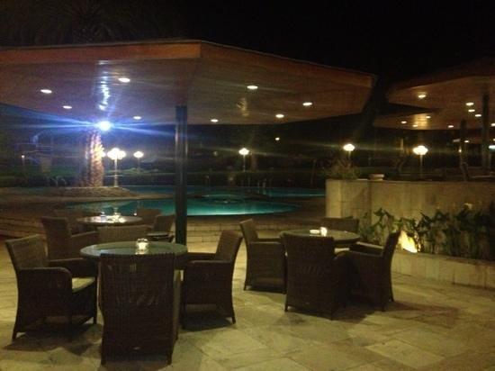 Hotel Libertador Arequipa: Piscina de noche