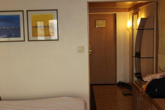 The Residency : Room -4