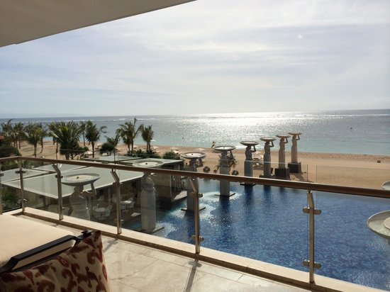 Mulia Villas : アールスウィートからの眺め