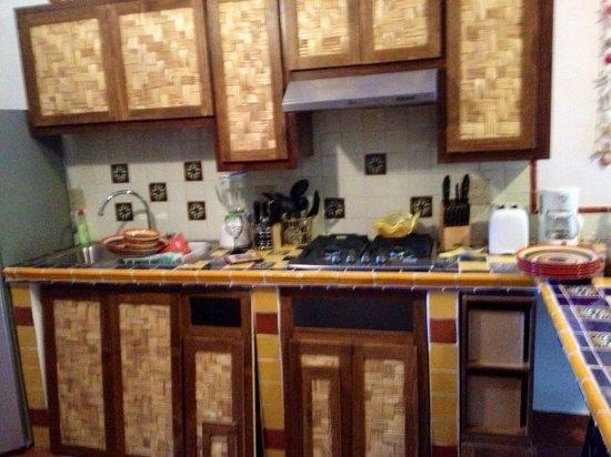 Villas Santo Niño: Full kitchen Studio Cilantro