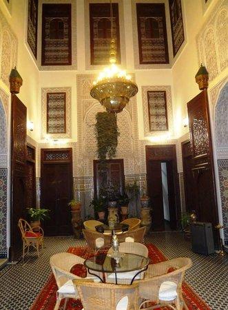 Riad Dar Cordoba: My 1st glimpse of the courtyard.