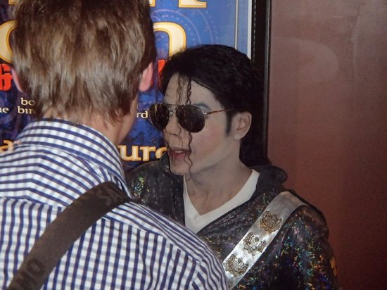 Rock-A-Hula : マイケルジャクソンのそっくりさん