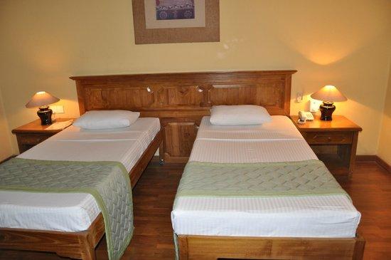Hotel Casamara: Кровати