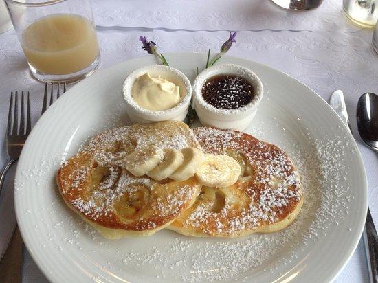 Grand Mercure Basildene Manor: Delicious breakfast!