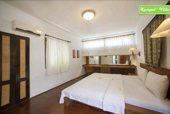 Kumpul Kumpul Villa I Double Six : Bedroom