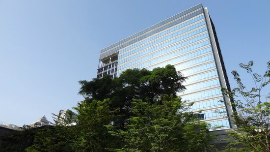 Ramada Singapore At Zhongshan Park: Eastern Facade, from the North-East