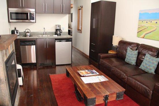 Fireside Resort: kitchen