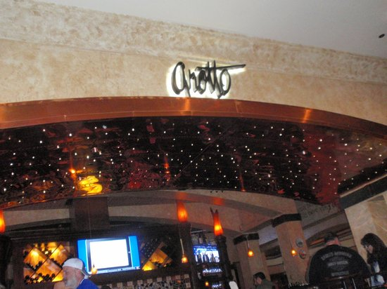 Golden Nugget Hotel: Grotto