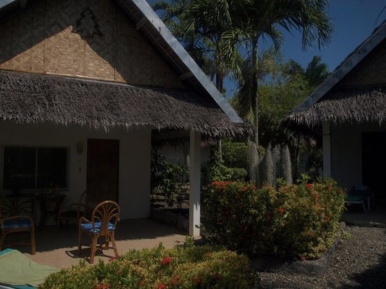 Marcosas Cottages Resort : marcosas