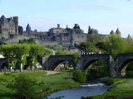Hotel Chateau de Palaja a 5 kms de Carcassonne: Wedding (J&L) 27/4/13 at nearby Carcassonne