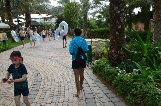 Aquaventure Waterpark: off to the next  ride