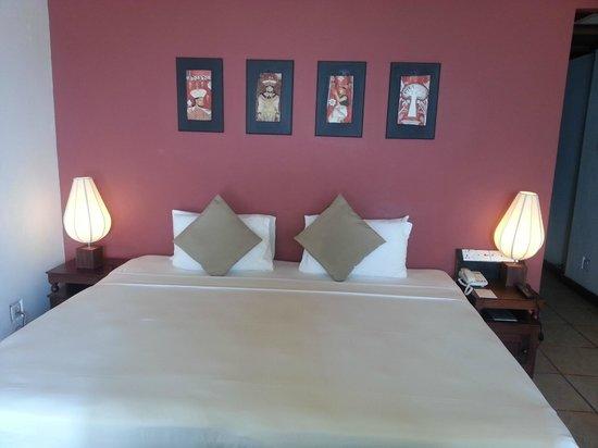 Hotel Thilanka: le lit