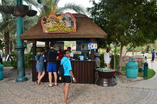 Aquaventure Waterpark: Yummy ice cream...