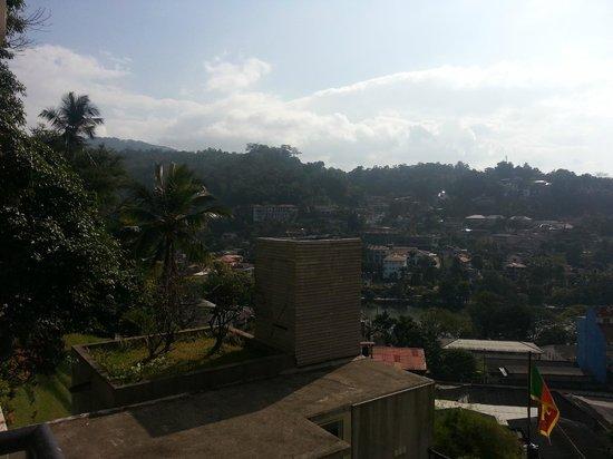 Hotel Thilanka: vue de la chambre