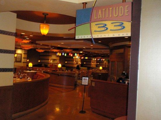 Los Angeles Airport Marriott : Latitude 33