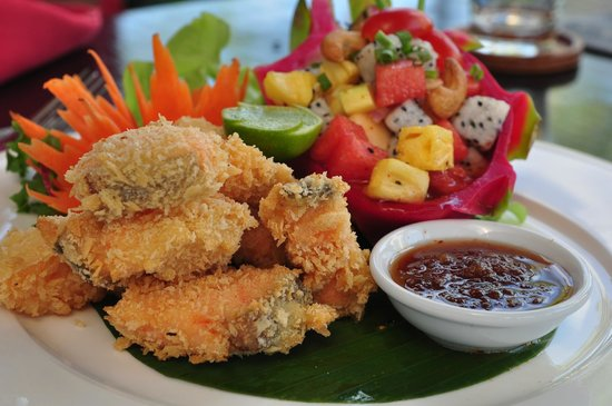 The Red Room : Battered Scallops served with sweet plum dipping sauce