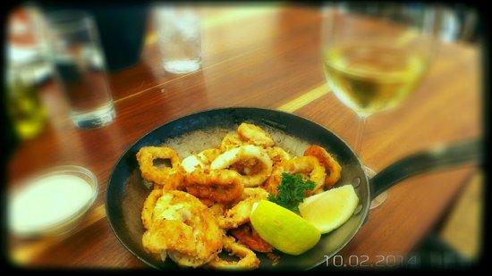 Chapmans Peak Hotel Restaurant: World famous calamaris