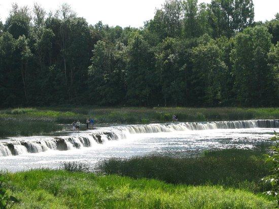 Venta Waterfall: и еще водопад