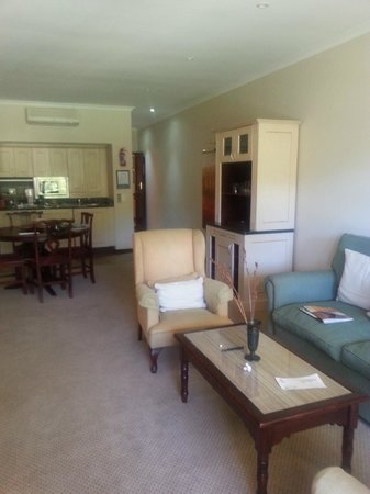 Lake Pleasant Living: one bedroom suite - living area