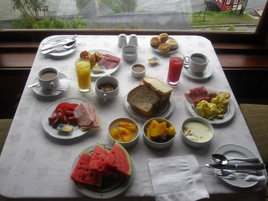 Hotel Cabana del Lago: Breakfast