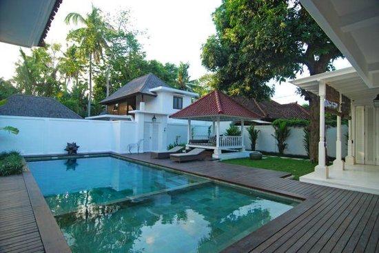 Kolonial House: pool