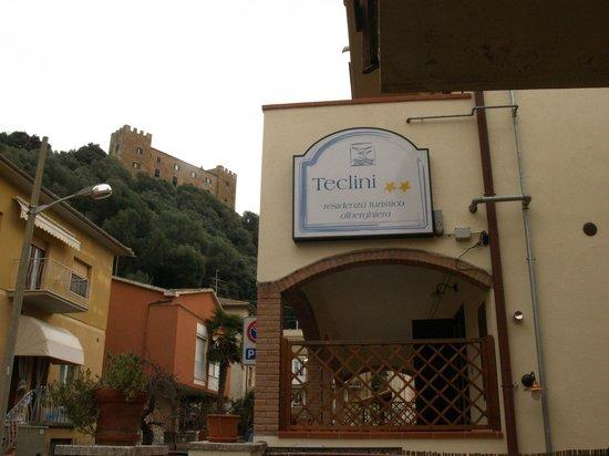 Residence Teclini: La vista sul castello