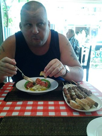 Pattayanis Greek Taverna : A super dinner time snack !! Tried most of the menu and found everything superb, well worth a vi