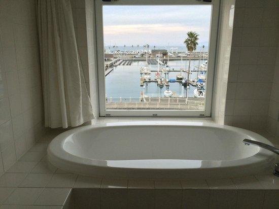 Wakayama Marina City Hotel : オーシャンビューバス