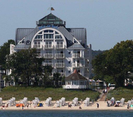 Hotel am meer ostseebad binz duitsland foto 39 s for Design hotels am meer