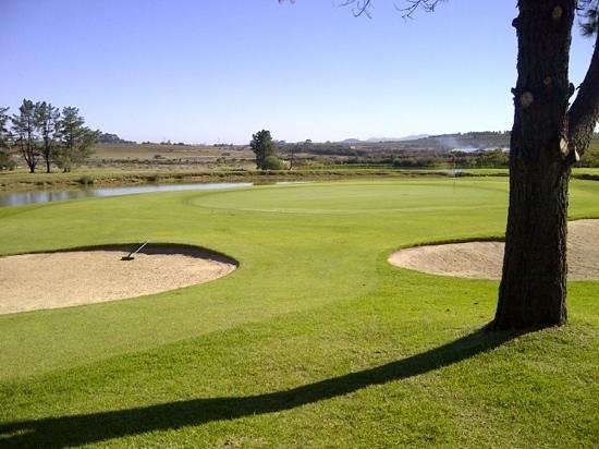 Devonvale Golf & Wine Estate: 17 hole green complex - Devonvale