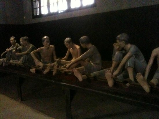Hanoi Experience - Day Tours: La Prision Hoa Lo