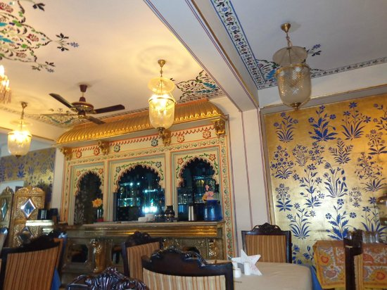 Umaid Bhawan Heritage House Hotel : Break-fast Area