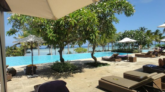 Melia Zanzibar: Piscina común